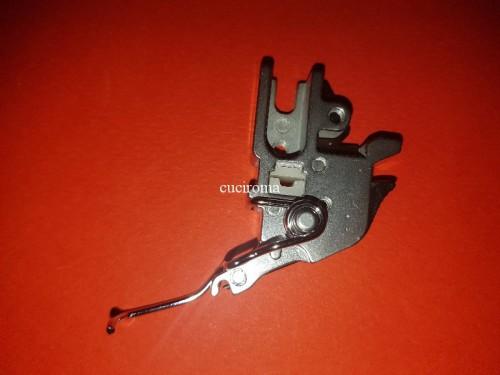 Gambo piedino tagliacuci Juki MO-644, MO-654DE
